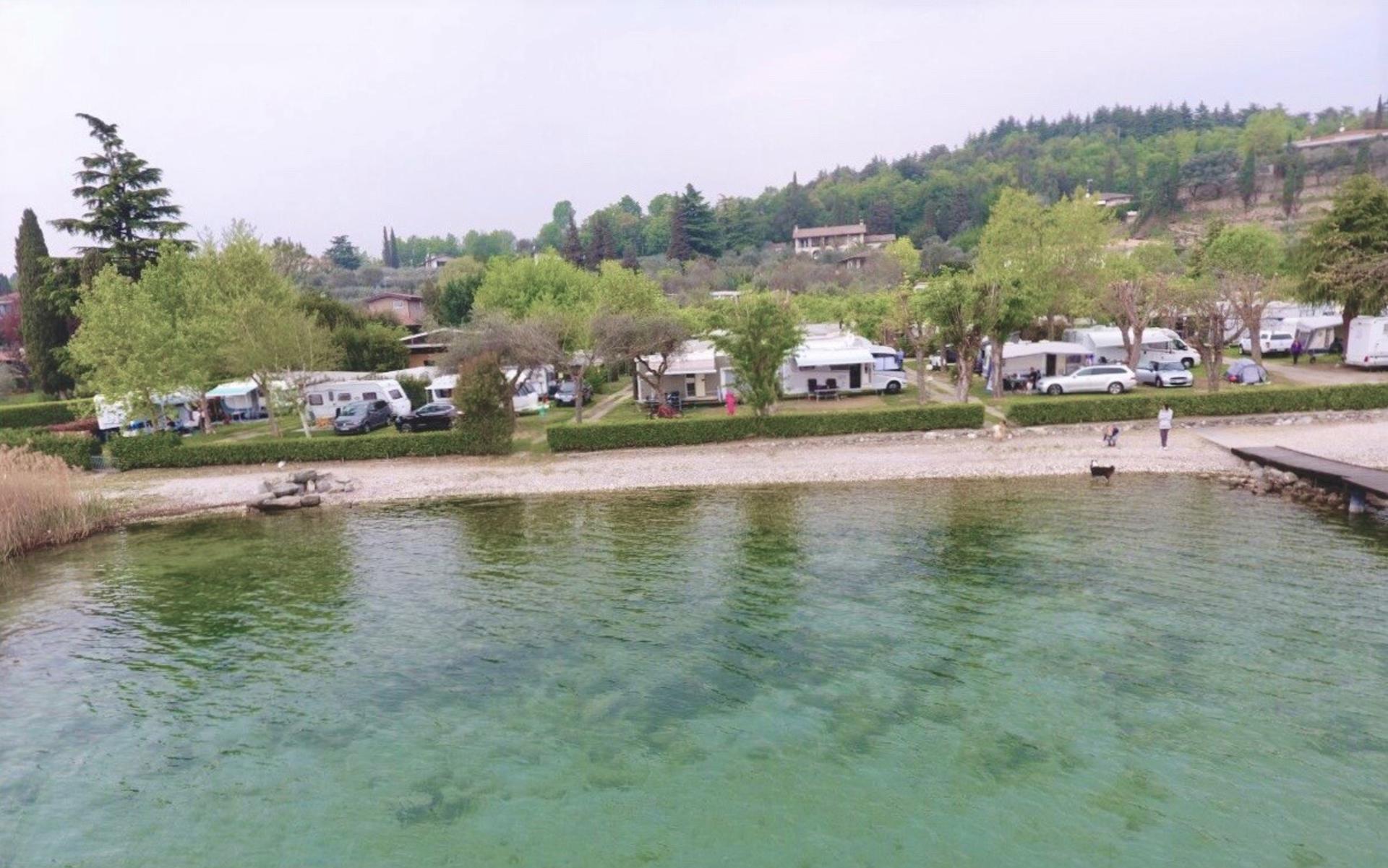 Die Stellplätze   Garda Camping Mos